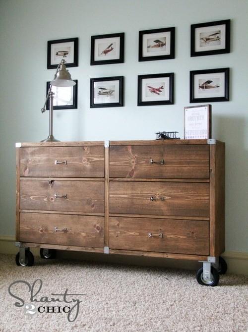 Autre idée d'armoire en bois