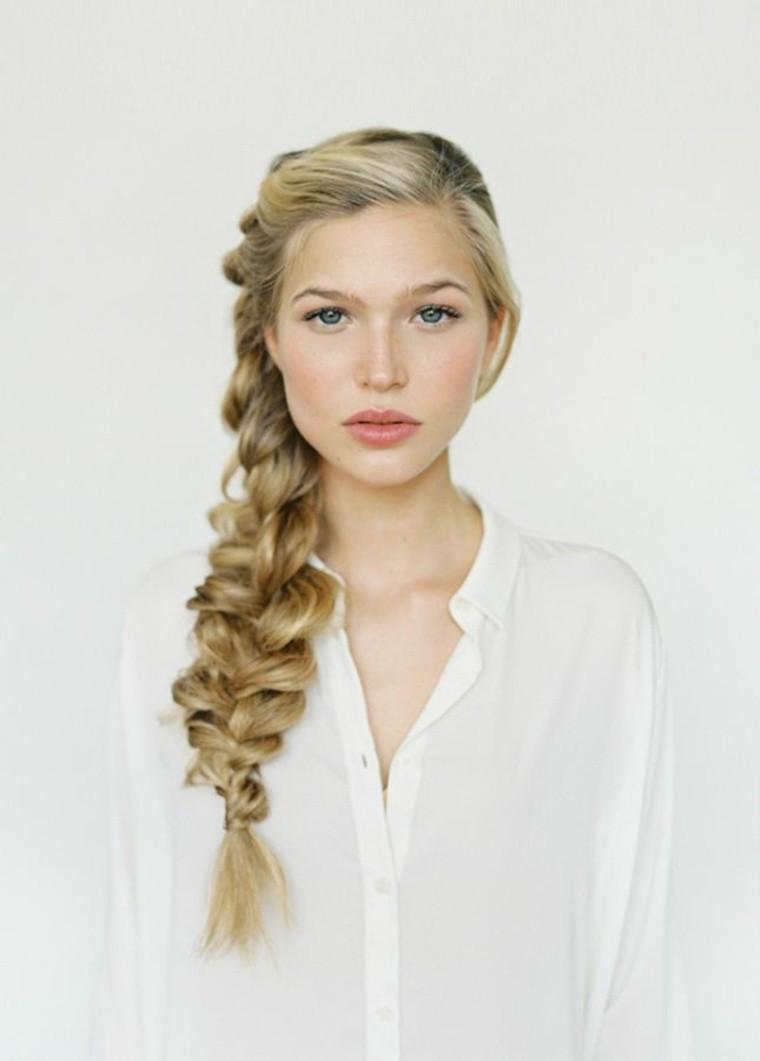 cheveux longs femme coiffure