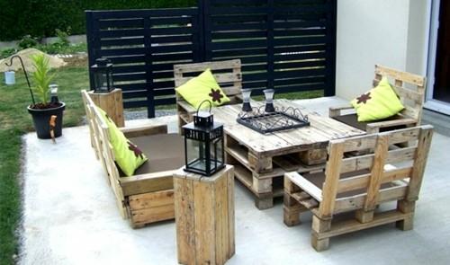 29 meubles fabriquer soi m me la maison diy for Bar exterieur bois