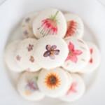 Dessiner à l'aquarelle sur des macarons