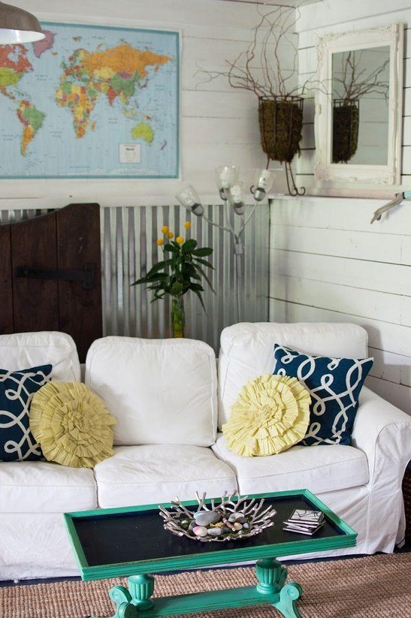 Les formes et couleurs sont des atouts décoratifs pour l'oreiller