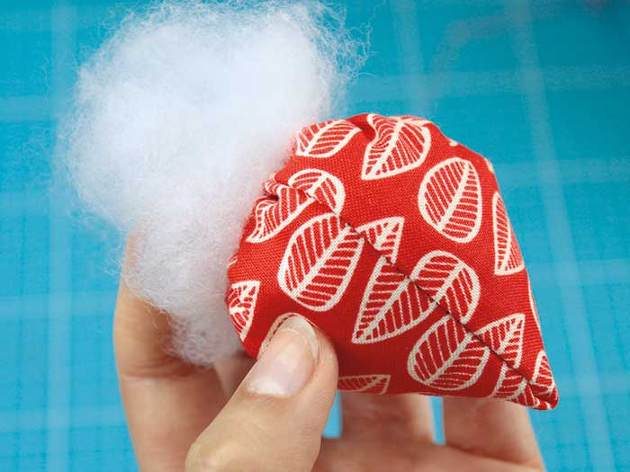 DIY fraise en tissu etape 5