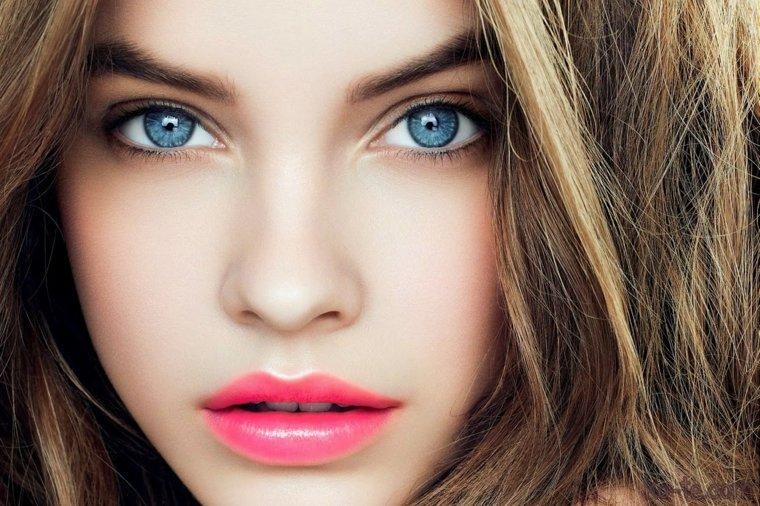 Être belle en été : tendances et conseils maquillage