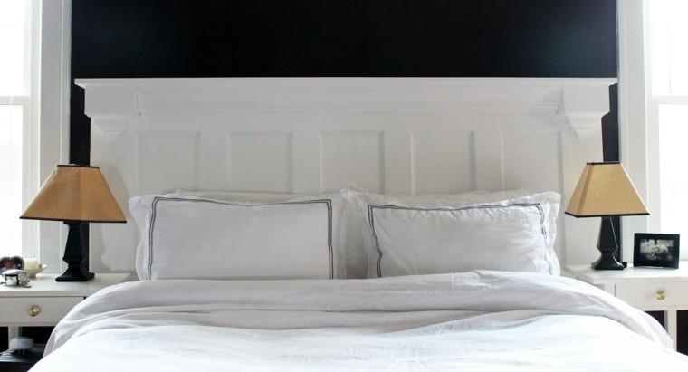 fabriquer une t te de lit en bois avec une porte la. Black Bedroom Furniture Sets. Home Design Ideas