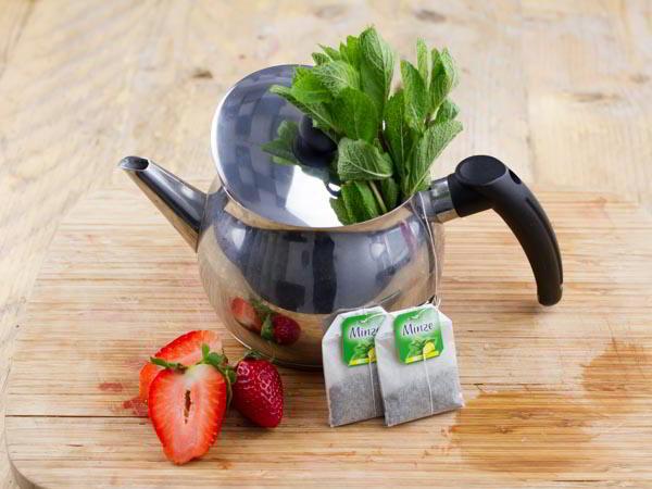 thé glacé fraise et menthe