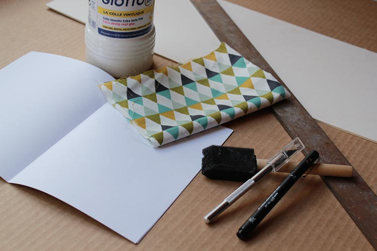 carnet de notes avec couverture en tissu