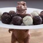 Fabriquer un présentoir à gâteaux dinosaure