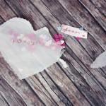 Faire un sachet cœur de confettis pour bon-cadeau
