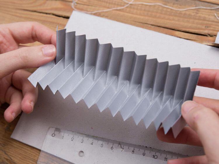 boule de Noël en origami 5