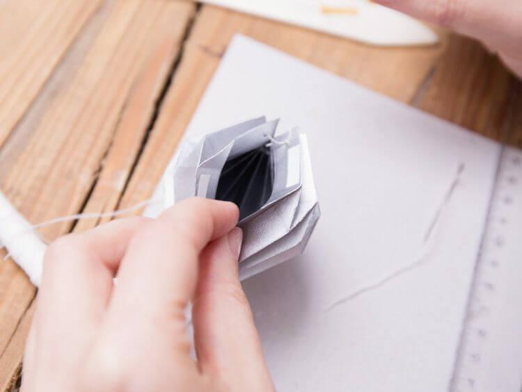 boule de Noël en origami 7