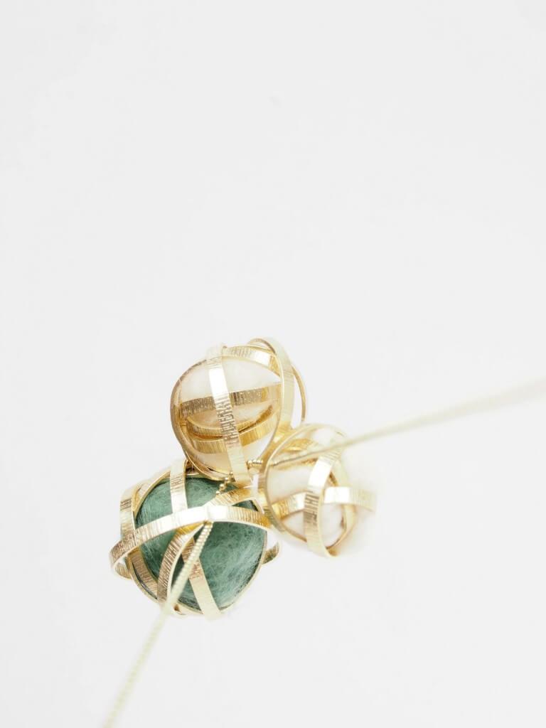 pendentif boule de laine et ruban métallisé 5