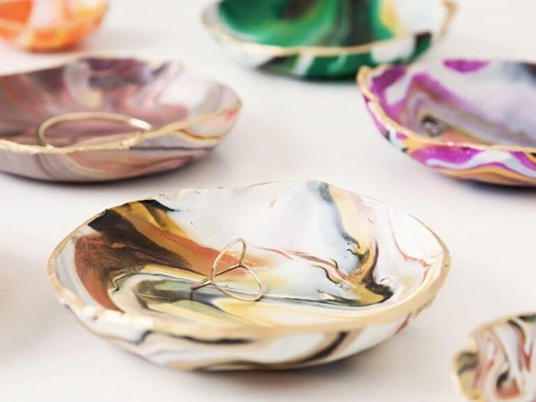 Fabriquer un dépose-bijoux effet marbre en Pâte Fimo