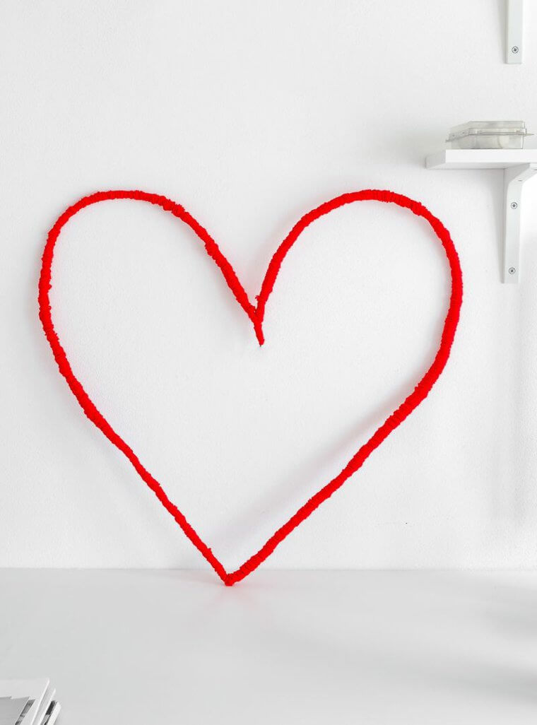 Id e saint valentin d co murale originale avec c ur for Idee soiree st valentin a la maison