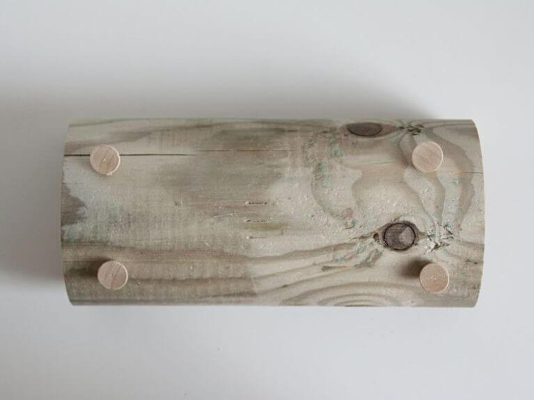 Fabriquer un porte lettre en bois minimaliste la maison diy for Fabriquer un porte buche