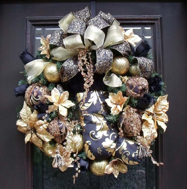 couronne-de-noel-a-fabriquer-avec-boules-or-rubans