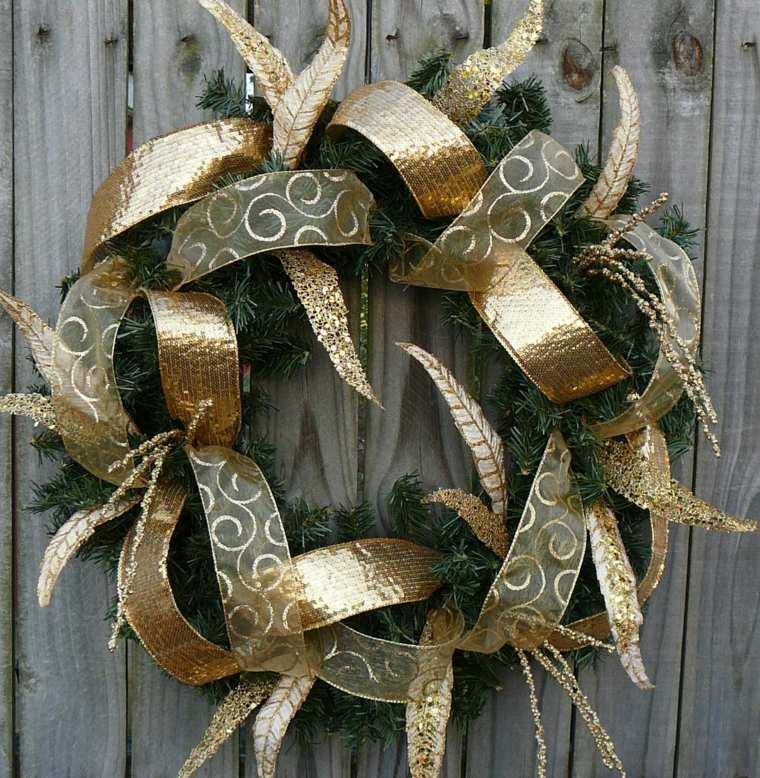 couronne-de-noel-a-fabriquer-avec-rubans-or