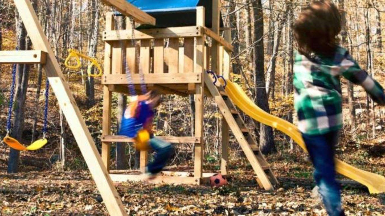 Comment Fabriquer Un Petit Pont En Bois aire de jeux en bois – un projet diy que vos enfants vont