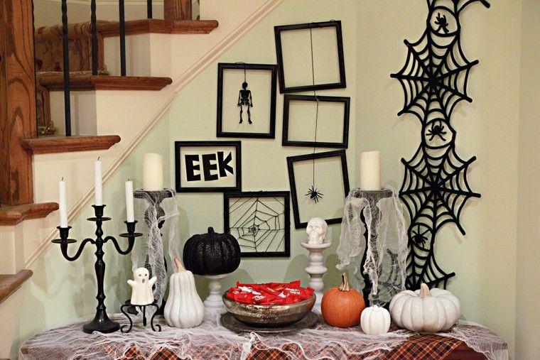 deco-escalier-mur-halloween