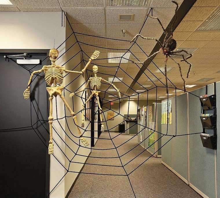 Déco Halloween à fabriquer soi-même en quelques idées effrayantes : au bureau