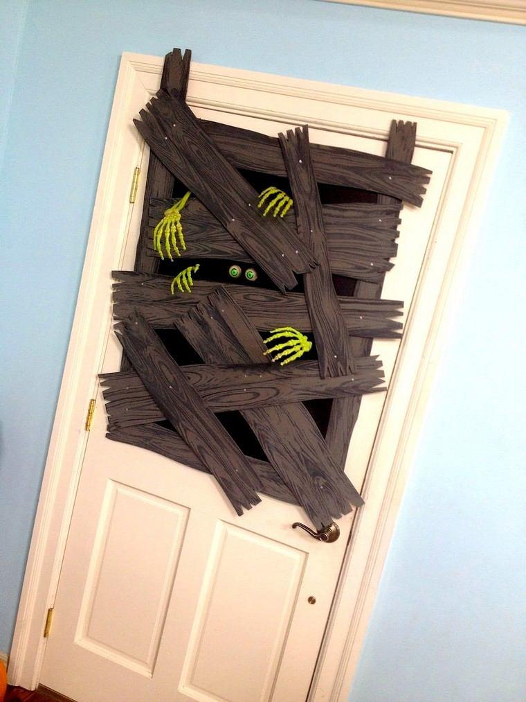déco Halloween entrée idée effrayante DIY