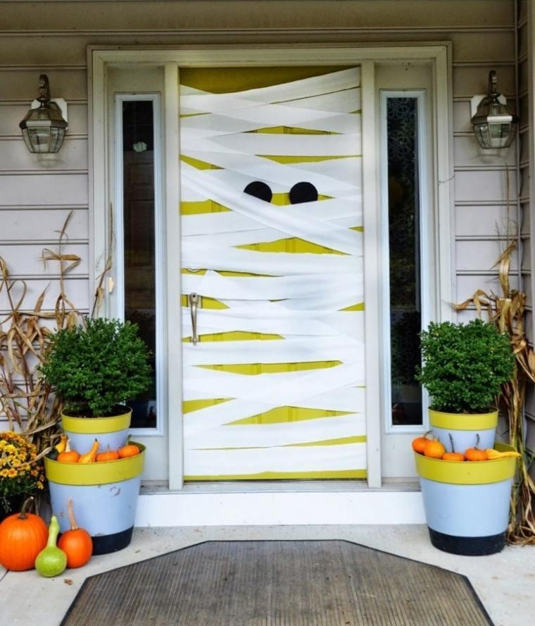 idée déco halloween fabriquer soi-même déco porte originale
