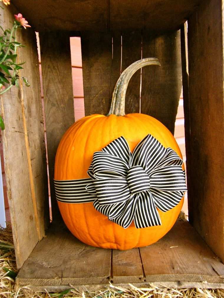 decoration-citrouille-halloween-facile-ruban