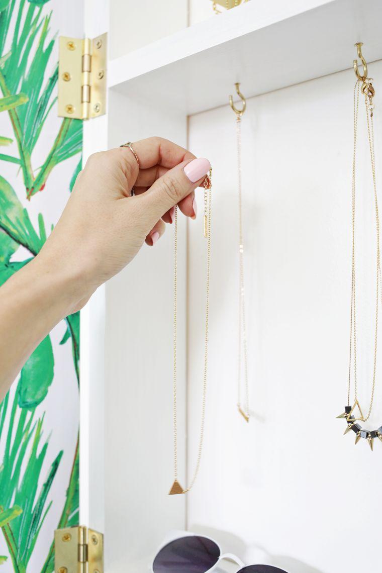 diy rangement chambre porte bijoux modele bricolage meuble mural