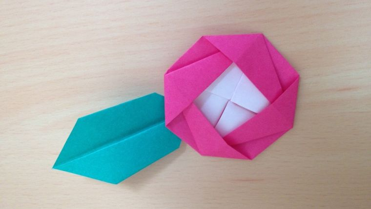 origami fleur camelia-pliage-papier-diy-deco