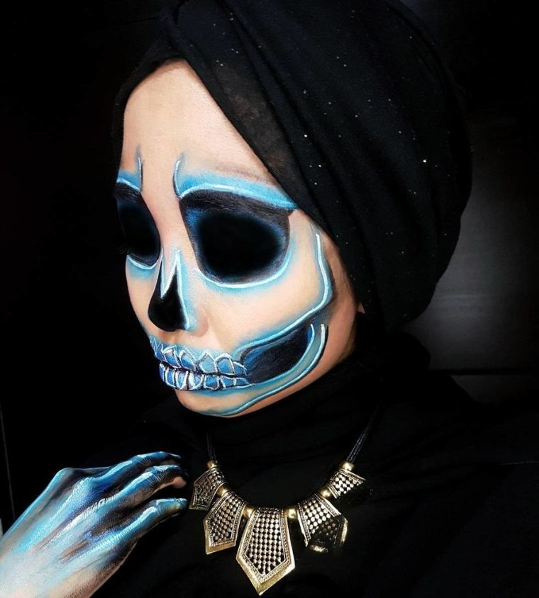 maquillage-tete-de-mort-pour-femme-halloween