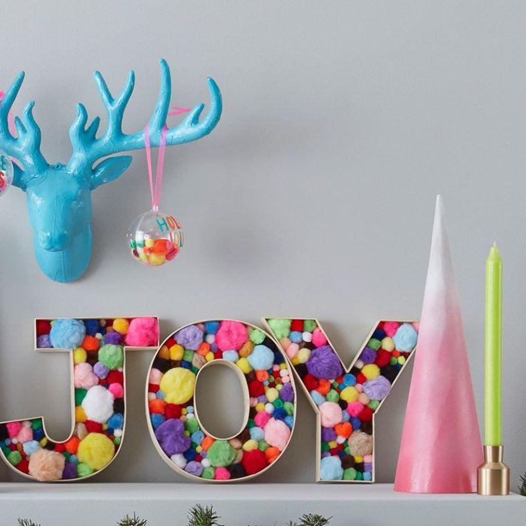 decoration-noel-a-fabriquer-soi-meme-pompons