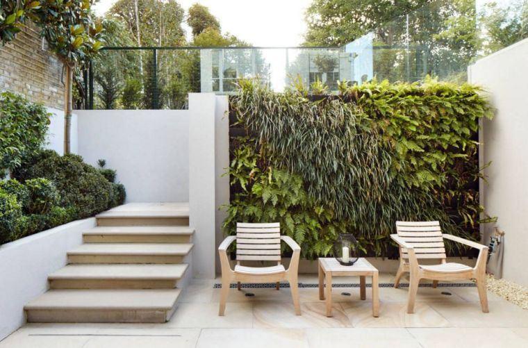 mur végétal petit jardin deco