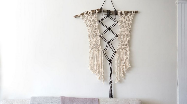 deco-mur-suspension-en-macrame-idee-diy