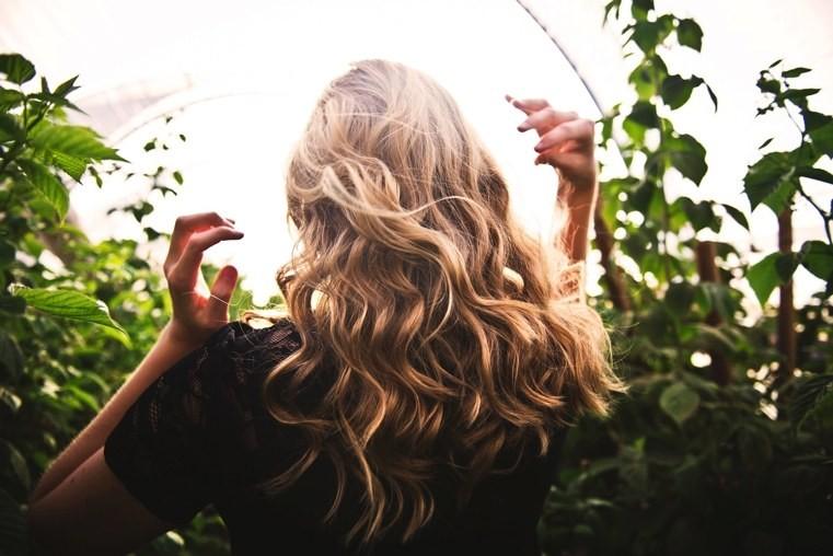 infusions-pour-cheveux-longs