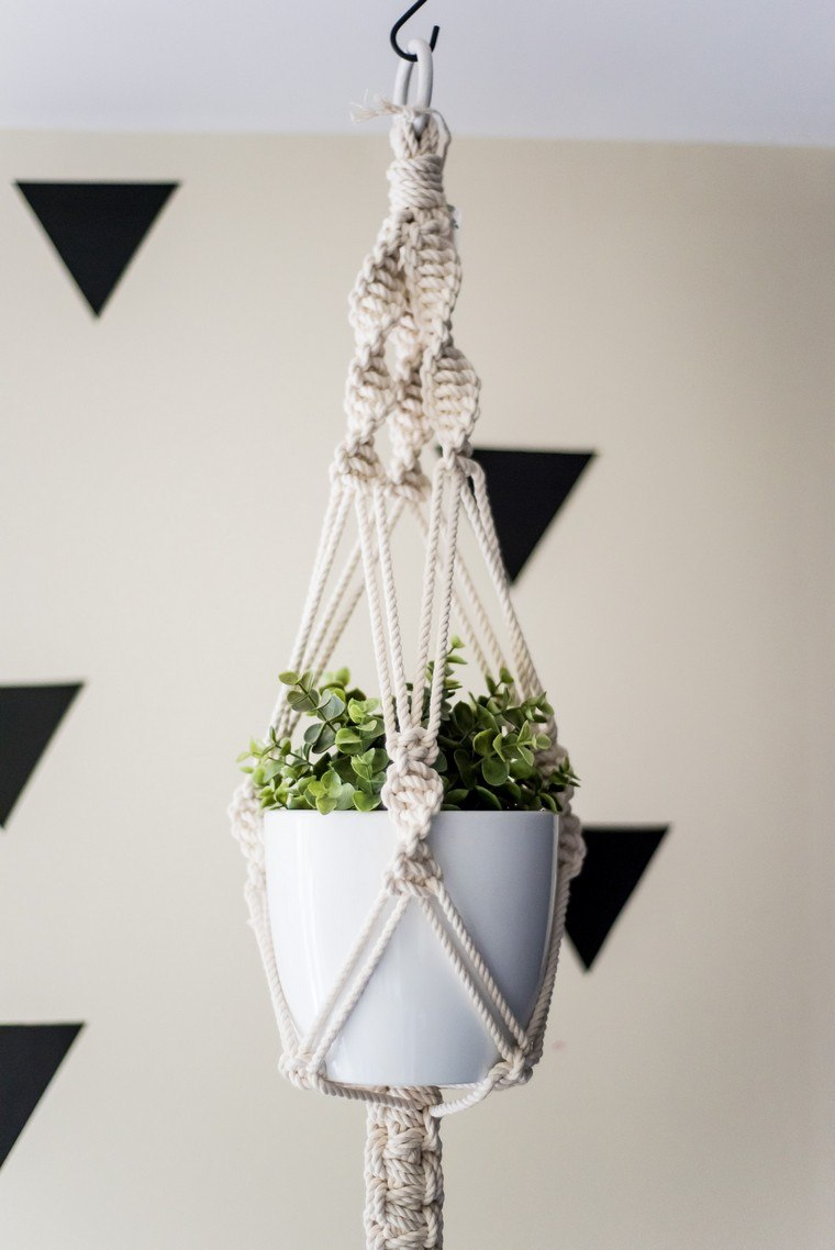 pot-suspension-macrame-boho-chic