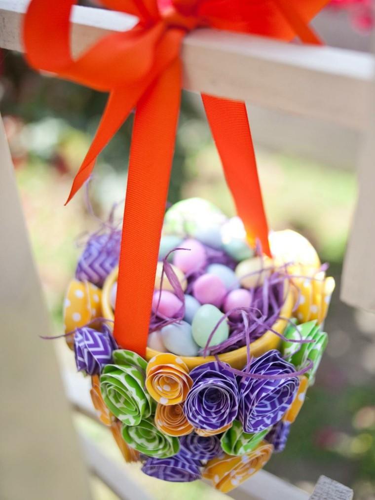 corbeille de Pâques diy idée oeufs suspension décoration pour pâques à fabriquer