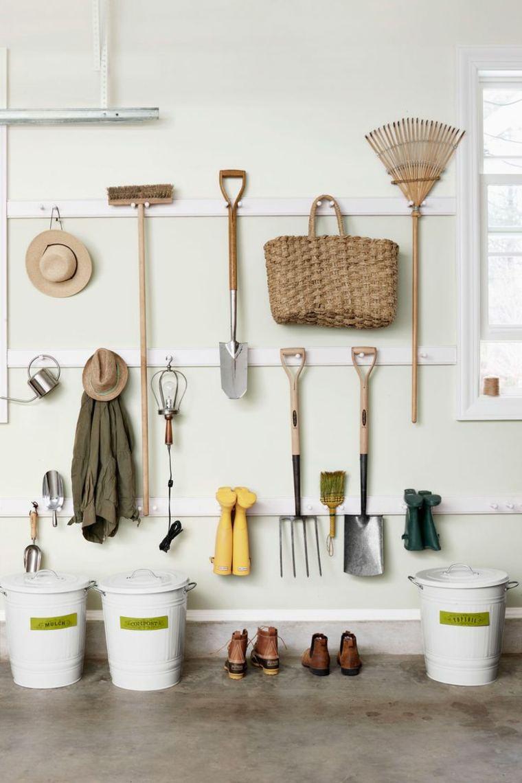fabrication-rangements-abri-de-jardin-outils