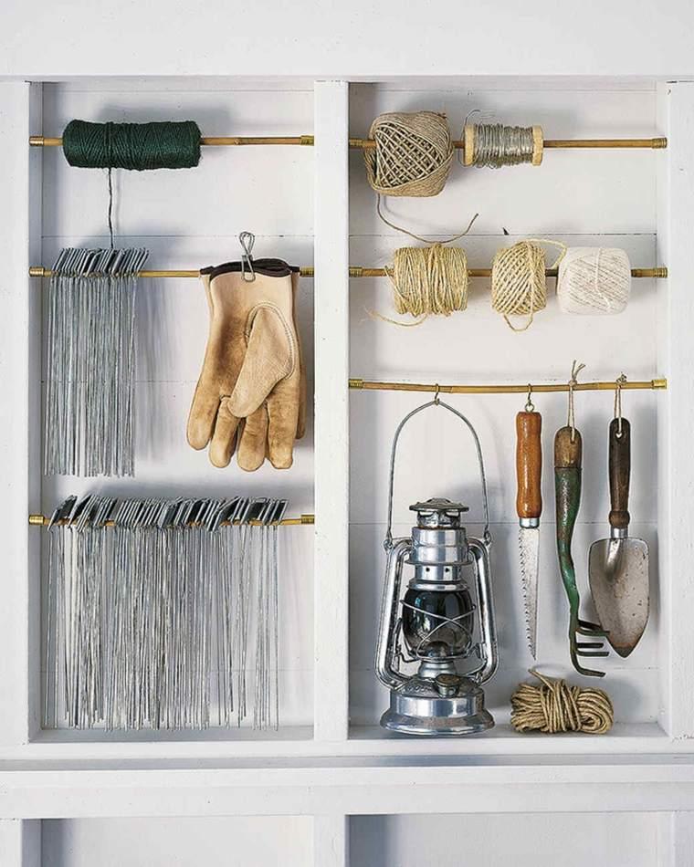 meuble-rangement-mural-diy-outils-jardin.jpg