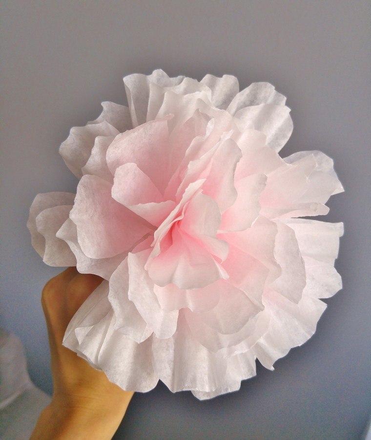 diy-fleur-en-papier-filtres-a-cafe-fleur-rose
