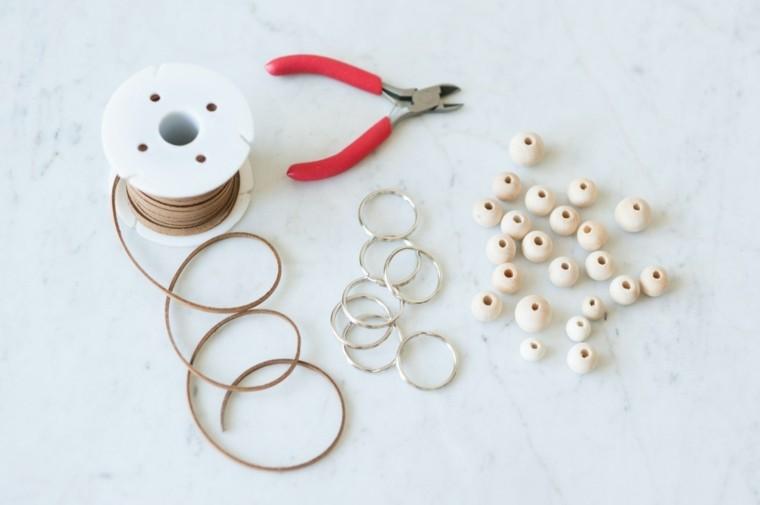 photo accessoires diy porte clé modele bricolage perles cuir