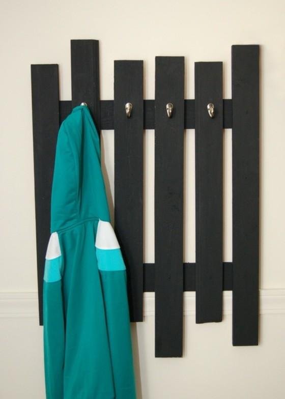 porte manteau noir bois design minimaliste