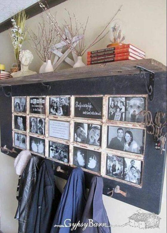 entrée maison idée déco avec photo famille bois