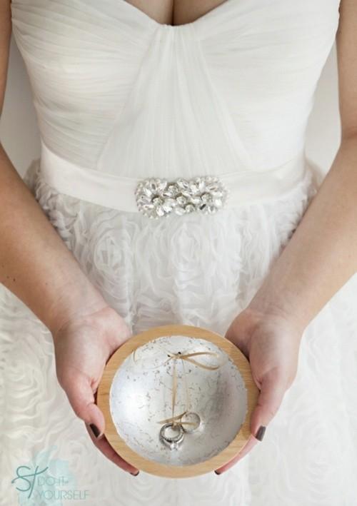 anneau porteur assiette mariage