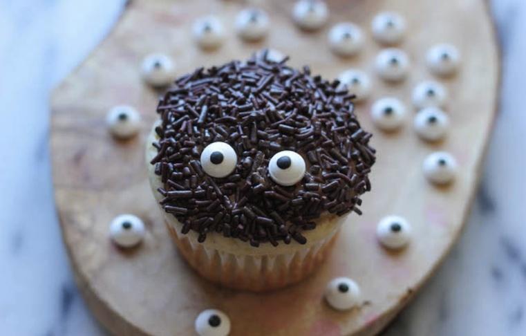 Repas-Halloween-Cupcakes-araignees2