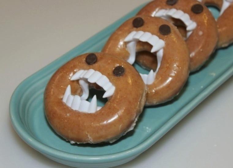 Repas-special-Halloween-beignets-monstres2