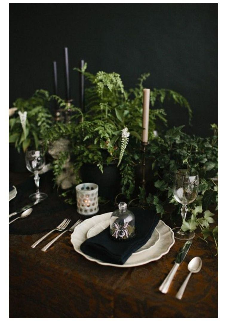 deco-pour-halloween-table-effrayante-idee