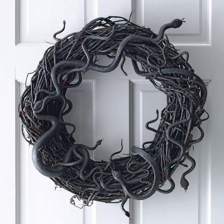 decoration-effrayante-porte-maison-halloween