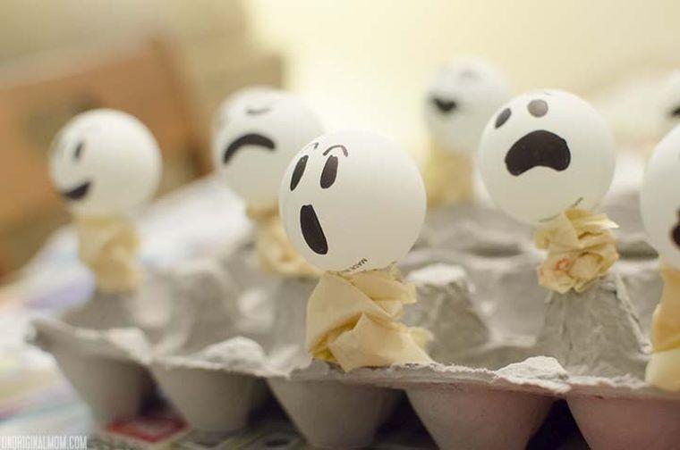 halloween-idee-decoration-avec-fantomes-guirlande