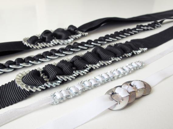 DIY – Une parure de bijoux en satin et métal