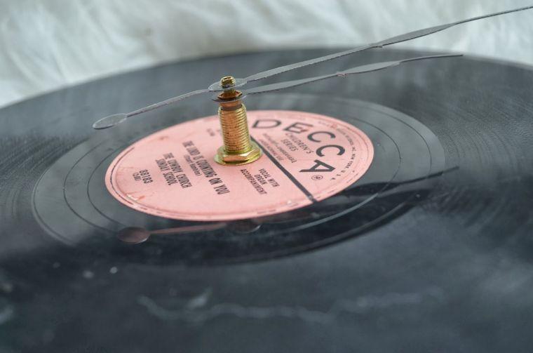 cadeau-de-noel-pour-homme-pere-fabrication-horloge-vinyle