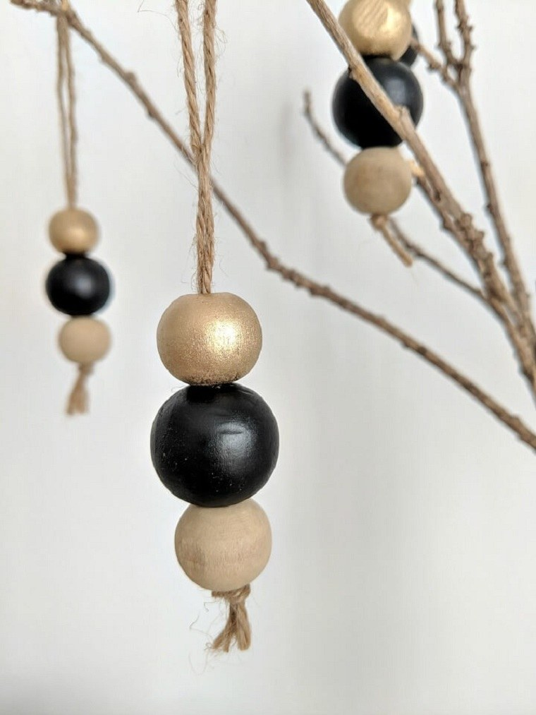 diy-deco-suspension-pour-sapin-de-noel-a-faire-soi-meme